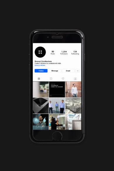 Bossuyt Iphone v1 instagram square lores